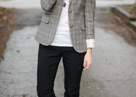 Wellesley & King - a style blog | A classic outfit for work or weekend, a boyfriend blazer and J.Crew ryder skinny dress pants with block heel pumps and glasses. Click for more style every day style inspiration that YOU can wear!