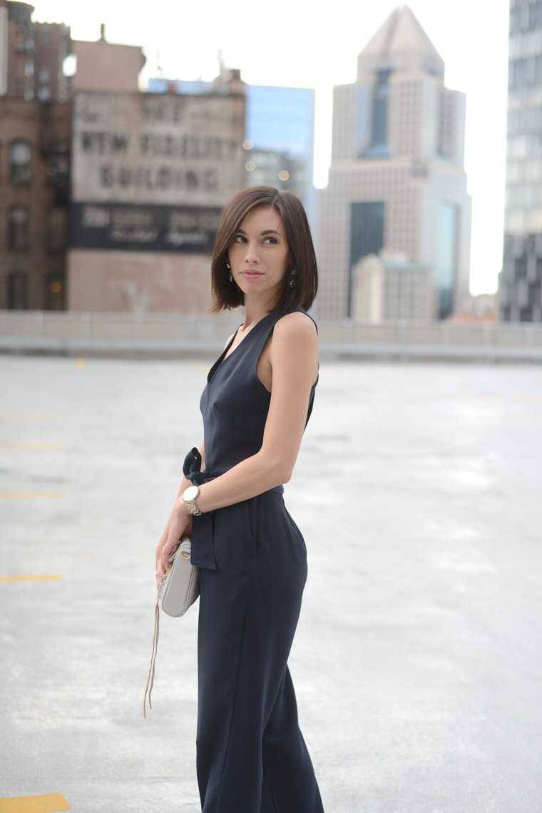 Wellesley & King Pittsburgh Fashion blogger in a petite navy dressy jumpsuit