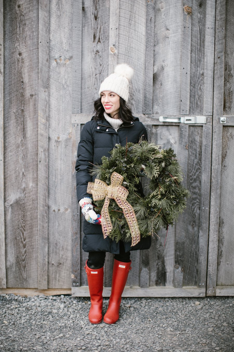 finding the perfect holiday wreath with pisarcik farms
