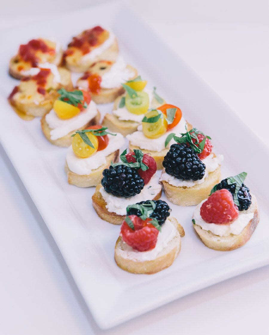 summer crostini recipes-wellesley and king-@wellesleyandking