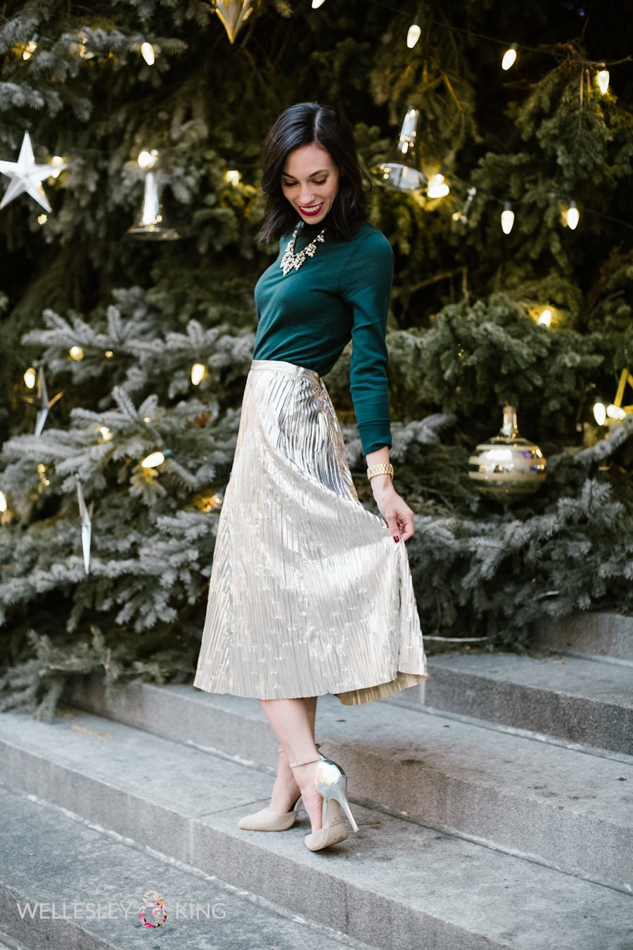 Fashion | Style | J.Crew | holiday dinner party-@wellesleynking-wellesley and king | Wardrobe Etiquette for Your Holiday Office Party Outfit featured by top Pittsburgh fashion blog Wellesley & King