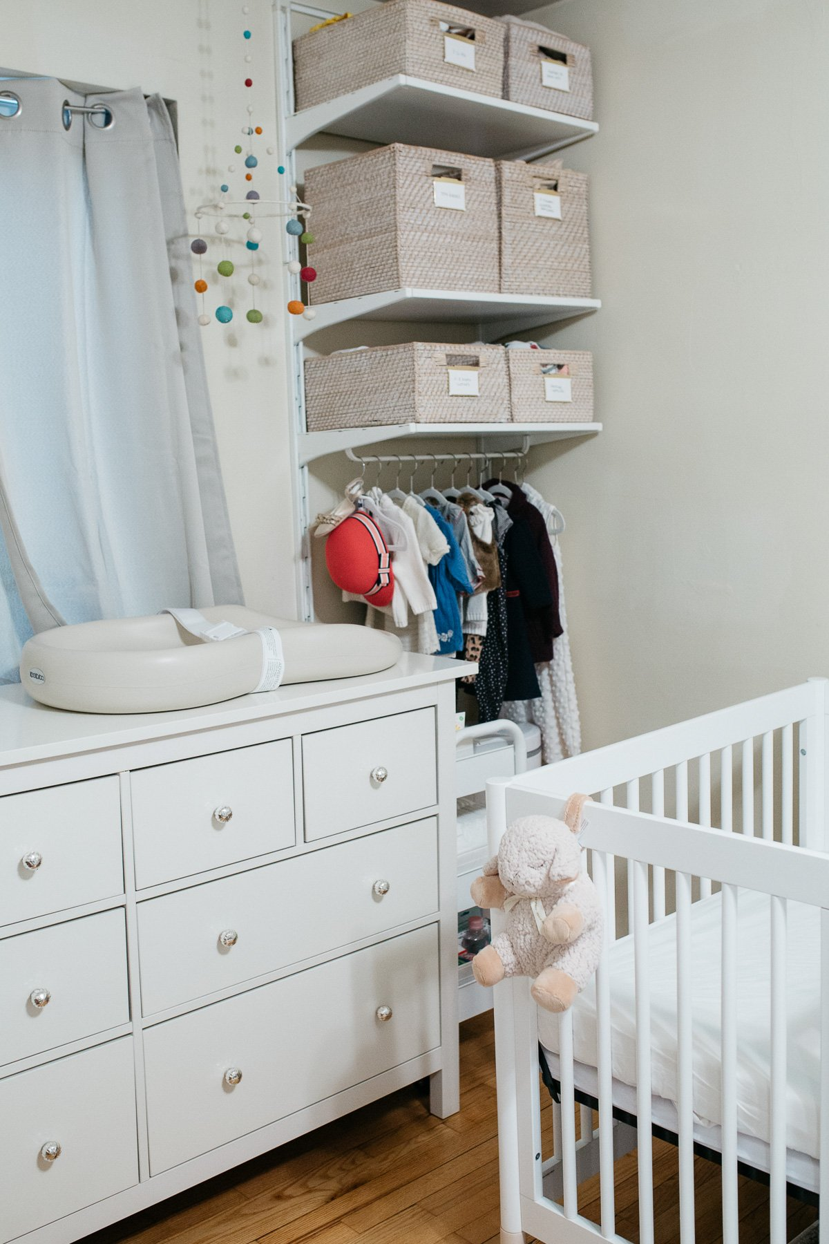 Top US lifestyle blogger, Wellesley & King, styles a tiny nursery in an apartment: small nursery ideas, small nursery organization, tiny nursery decor, tiny nursery ideas, tiny nursery organization