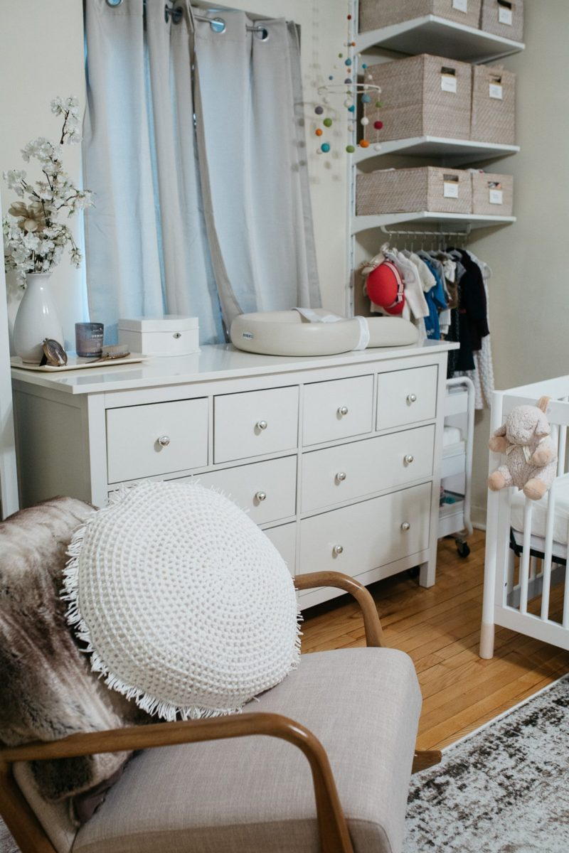 How To Perfectly Organize A Small Apartment Nursery