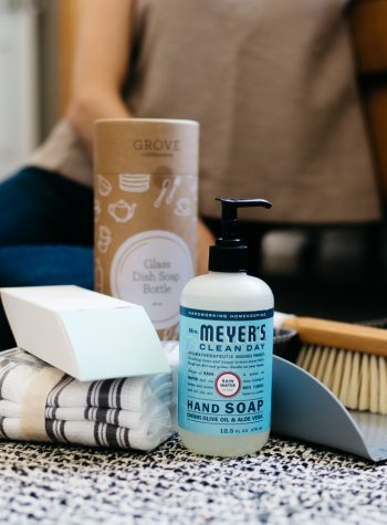 Top US lifestyle blogger, Wellesley & King, highlights sustainable household products with Grove Collaborative: natural cleaning products, natural household products, natural beauty, sustainable cleaning products